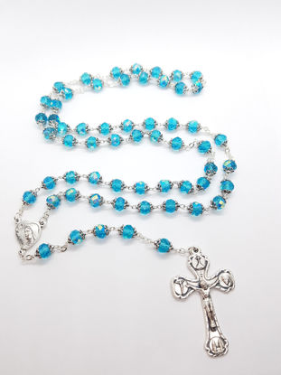 Picture of Crystal rosary in box