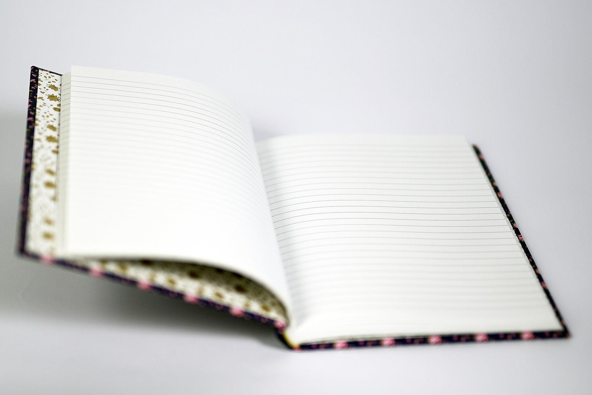 Slika Notes A6 – Cvjetni uzorak