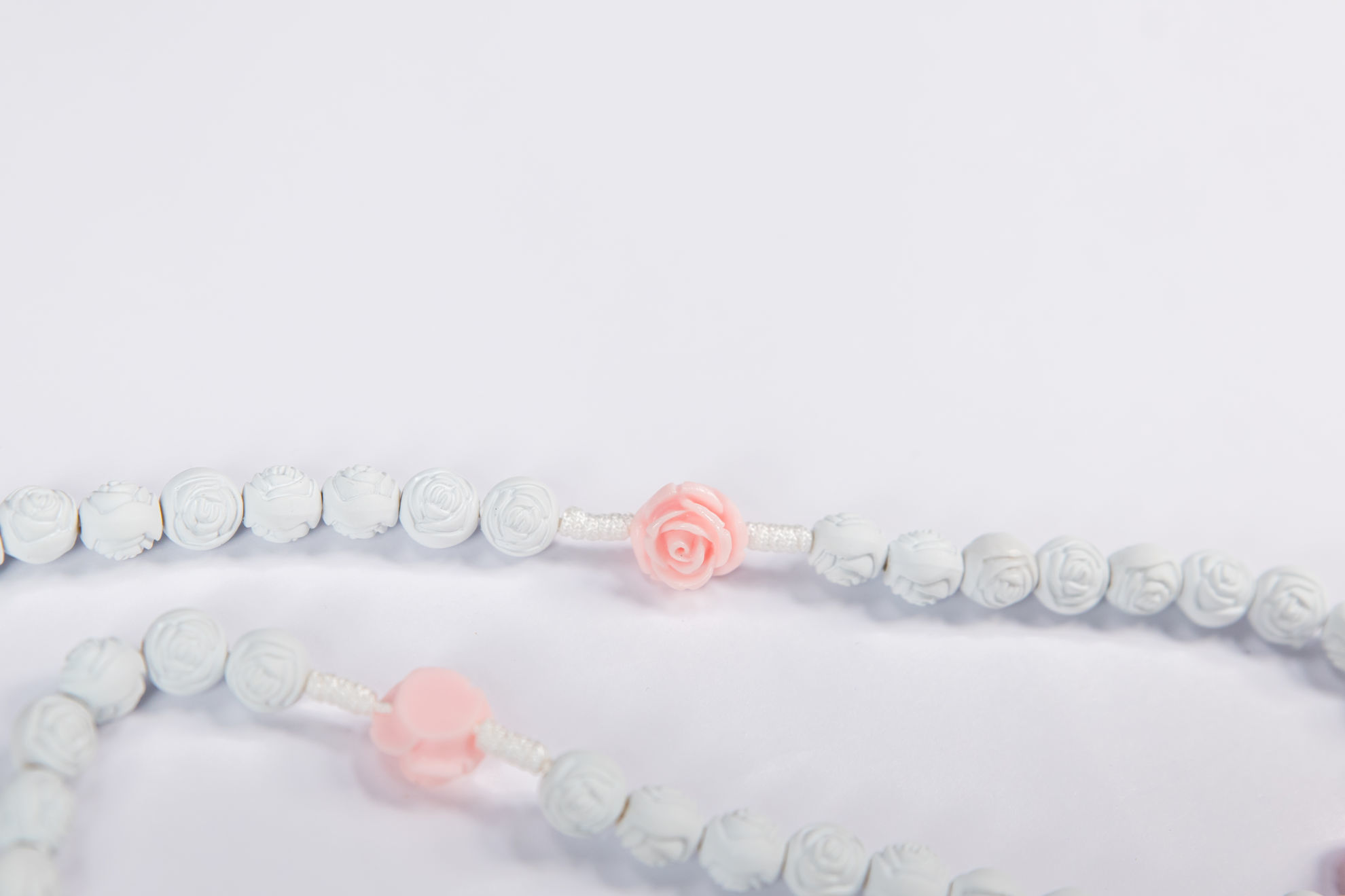 Slika Plastična krunica - desetak ruža
