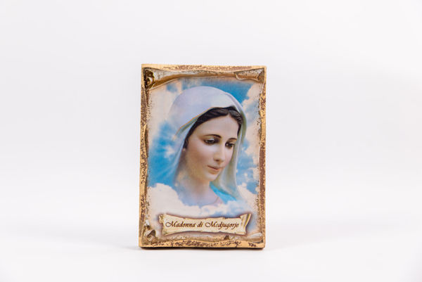 Picture of Icon on a stand with Medjugorje details